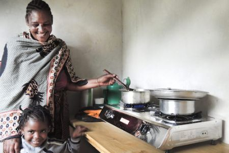 african-development-bank-invests-in-pioneering-spark-africa-fund-to-deliver-clean-cooking-solutions