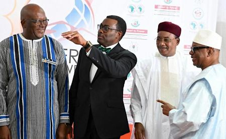 g5-sahel-heads-of-state-throw-their-weight-behind-desert-to-power-initiative