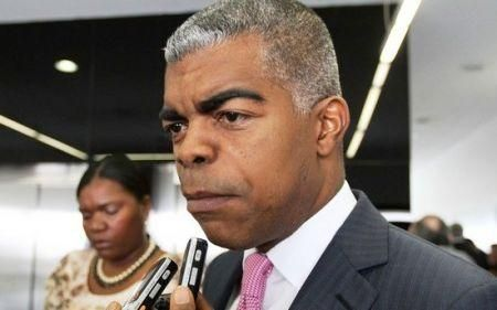 angola-to-privatise-some-of-its-airports-by-end-2019