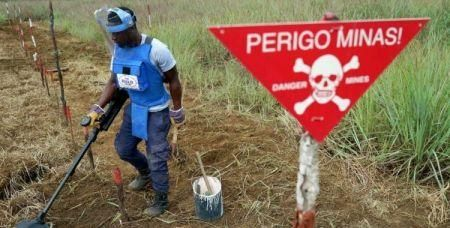 angola-seeks-300-mln-to-demine-1-200-areas-by-2025
