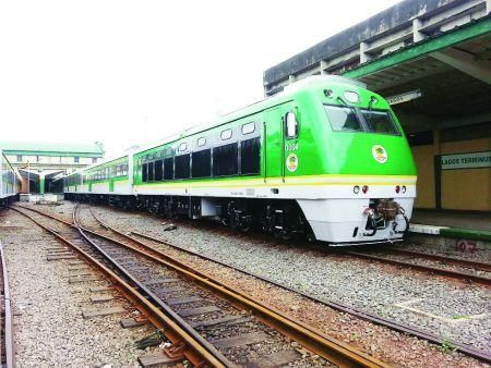 nigeria-up-to-40-bln-needed-to-complete-rail-interconnectivity-project-government