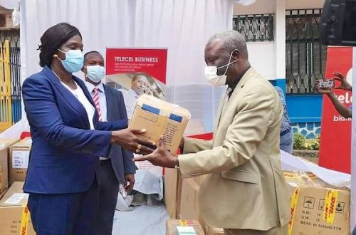 Telecel Centrafrique Donates Sanitizing Products to the Ministry of Health to help fight the spread of Covid19
