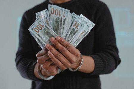 cote-d-ivoire-govt-cracks-down-on-corruption