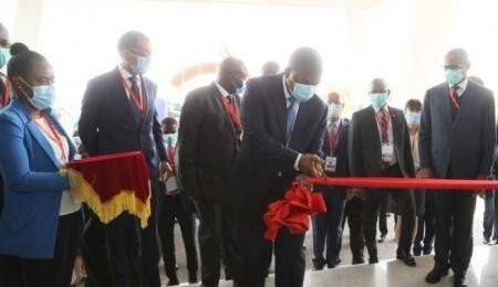 angola-president-joao-lourenco-inaugurates-afrione-mobile-phone-assembly-plant