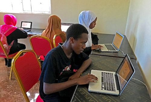 In Zanzibar, the African Development Bank gives a second chance to young students