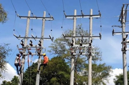 it-brings-us-hope-african-development-bank-leads-drive-to-deliver-electricity-to-all