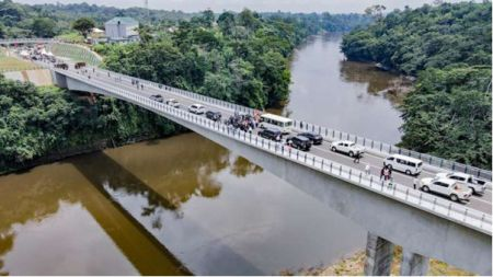 newly-constructed-1-5km-border-bridge-to-boost-trade-between-nigeria-and-cameroon