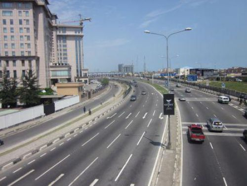 Nigeria: Six large firms to build 19 roads in the framework of a PPP